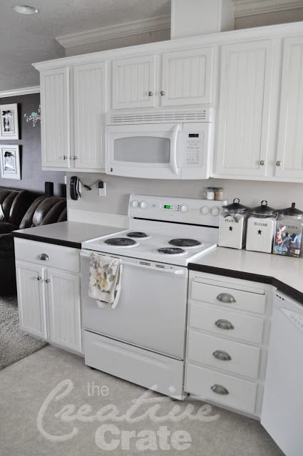 10 gorgeous beadboard projects and designs page 11 of 11 for Beadboard kitchen cabinets