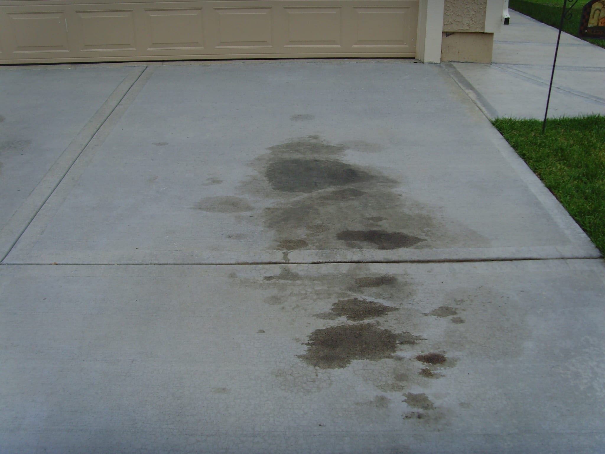 How To Remove Oil Stains From Your Concrete How To Build It