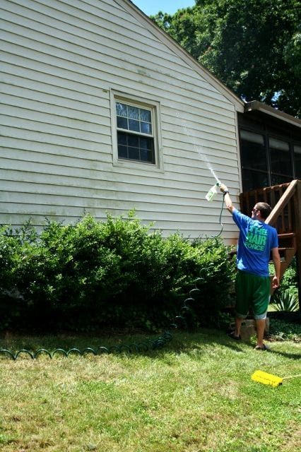 10 Tips For Cleaning Vinyl Siding Page 6 Of 11 How To