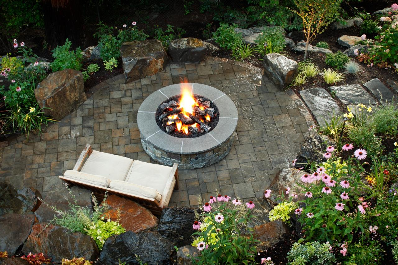 10 Stunning Landscape Ideas for a Sloped Yard   How To ... on Sloped Yard Ideas id=62371