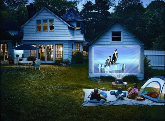 How to Make Your Own Cozy Outdoor Movie Theater | How To ...