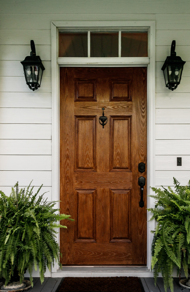 You would be amazed at what replacing the hardware on your front door can do! If your front door needs a little love, here 's how to renovate a front door.