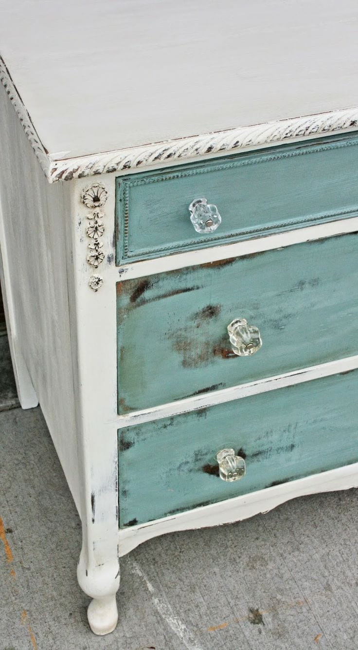 8 Tips For Distressing Furniture Page 6 Of 9 How To