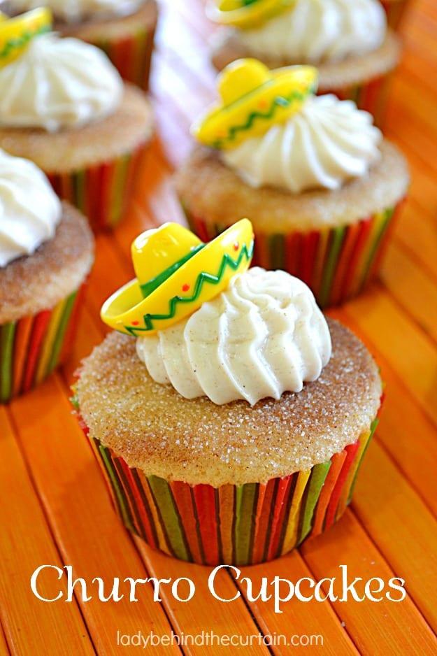 Churro-Cupcakes-Lady-Behind-The-Curtain-5