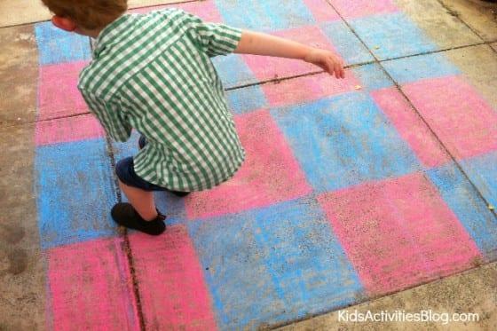 15 Fun DIY Backyard Games