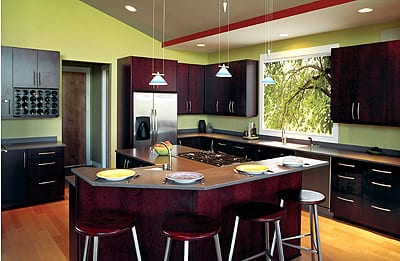 Trendy Paint Colors for Your Kitchen9