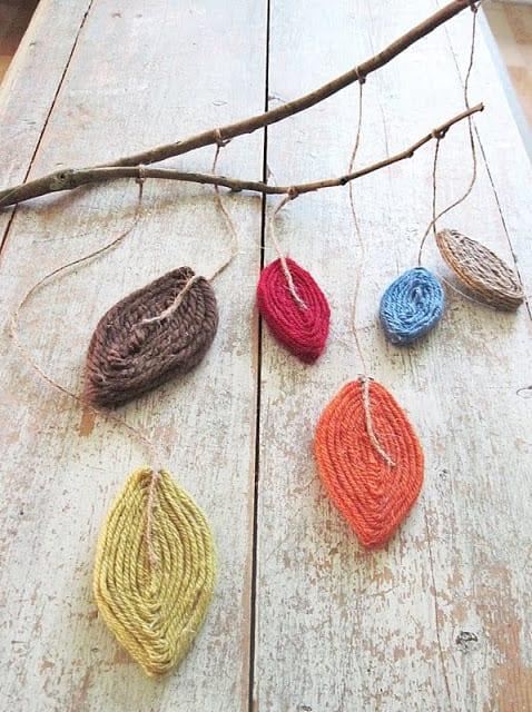 Crafts, tree branch crafts, crafting DIY tree branch crafts, how to reuse tree branches, tree branch upcycle, popular pin, DIY crafts, home decor, easy home decor, DIY home decor, DIY window treatments.