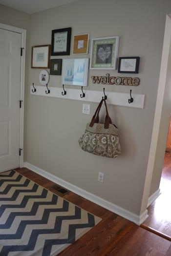 entryway-hooks-gallery-rug