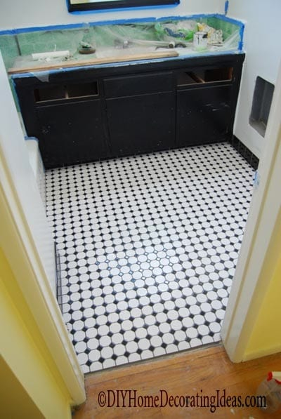 Diy tile bathroom floor