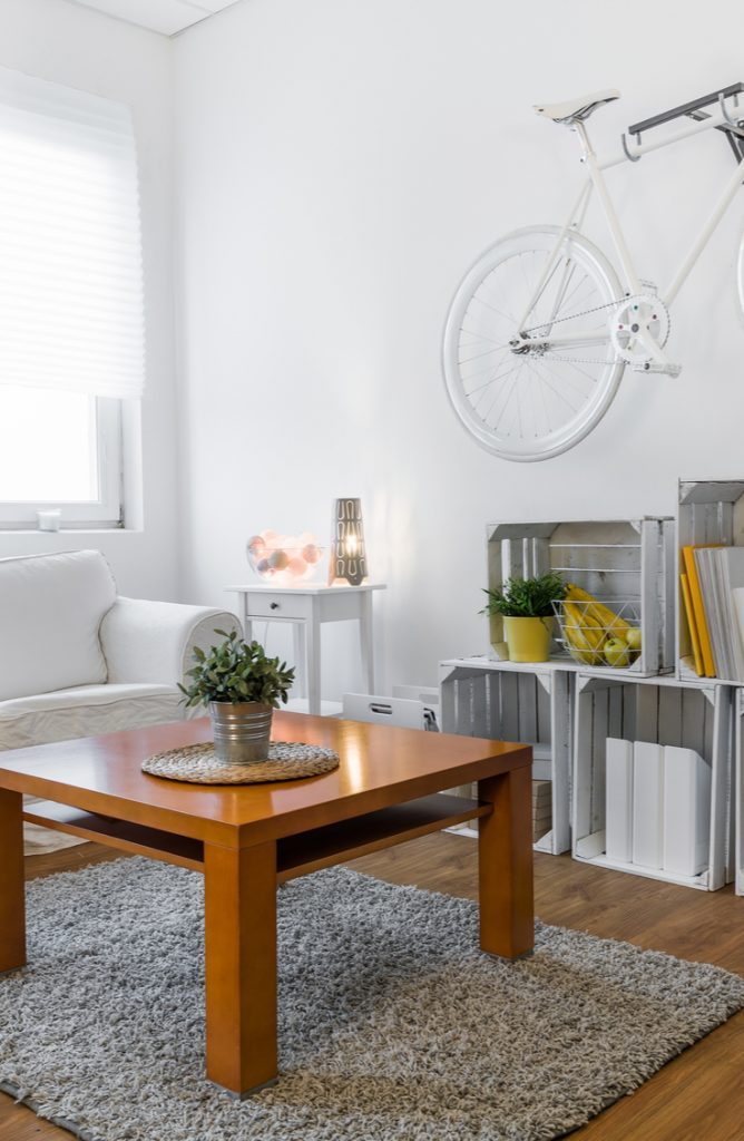 Small spaces don't have to be the end of your decorating creativity. Really. It's possible to do all you want and more even in the tiniest spaces. Here are 27 amazing decorating tips for small space living. Soon, you'll find out that small space living really IS better.