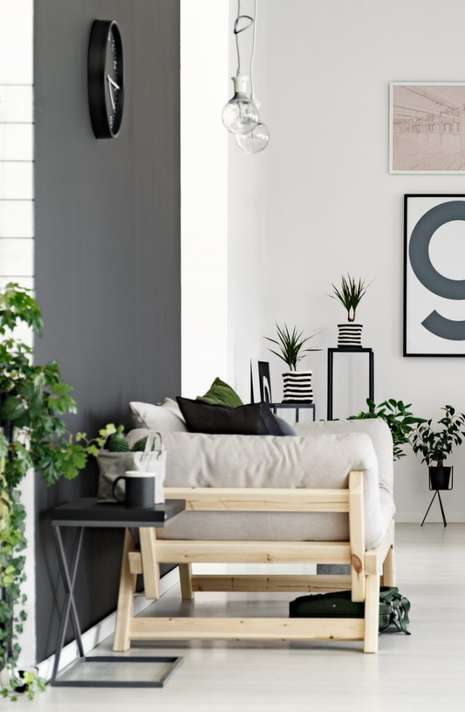 Small spaces don't have to be the end of your decorating creativity. Really. It's possible to do all you want and more even in the tiniest spaces. Here are 27 amazing decorating tips for small space living. Take a look!