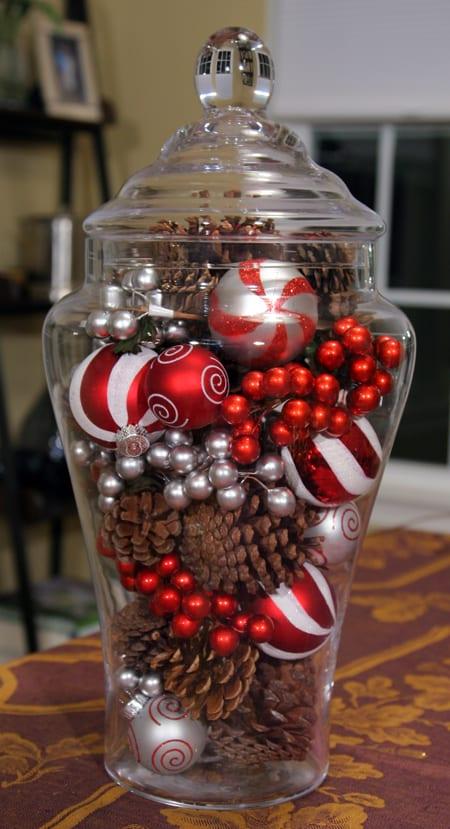 18 Dollar Store Christmas Decorations5
