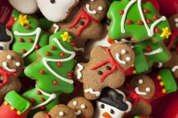 DIY holiday, DIY gift ideas, holiday gift ideas, gift hacks, popular pin, DIY everything, Christmas, Christmas gift ideas.