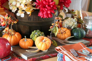 15-festive-decorations-for-your-fall-tablescape4