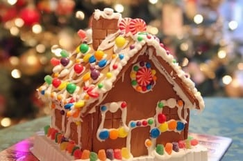 15-fun-and-festive-christmas-party-ideas15