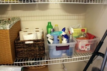 10-hacks-to-an-organized-cleaning-closet2