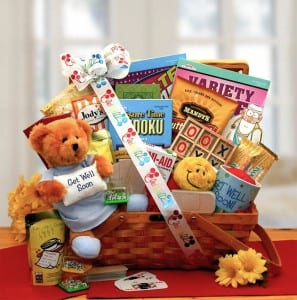 18-diy-christmas-gift-baskets-perfect-for-teens13