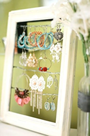 10-diys-perfect-for-storing-jewelry