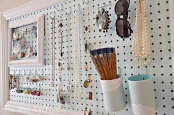 10-diys-perfect-for-storing-jewelry2
