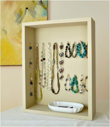 10-diys-perfect-for-storing-jewelry6