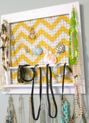 10-diys-perfect-for-storing-jewelry8