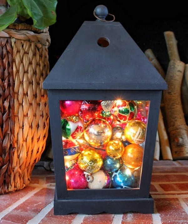 15-ways-to-decorate-with-ornaments-not-on-your-christmas-tree15