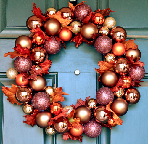 15-ways-to-decorate-with-ornaments-not-on-your-christmas-tree4