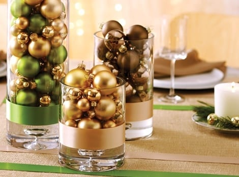 15-ways-to-decorate-with-ornaments-not-on-your-christmas-tree7