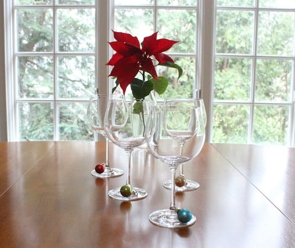15-ways-to-decorate-with-ornaments-not-on-your-christmas-tree8