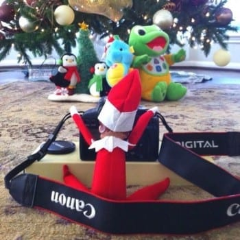 18-clever-elf-on-the-shelf-ideas10