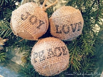 20-diy-christmas-ornaments12