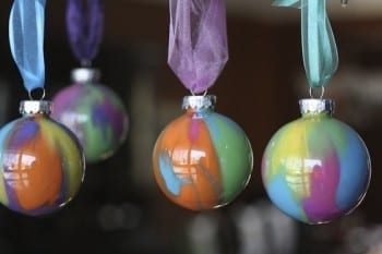 20-diy-christmas-ornaments2