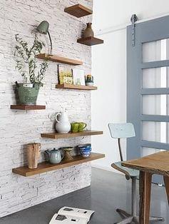 10 DIY Floating Shelf Projects5