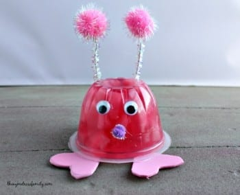 12-lovable-valentines-day-crafts-for-kids4