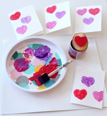 12-lovable-valentines-day-crafts-for-kids6