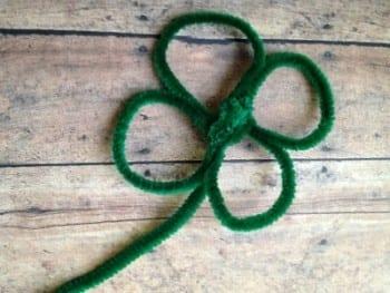14-effortless-st-patricks-day-crafts-for-kids3