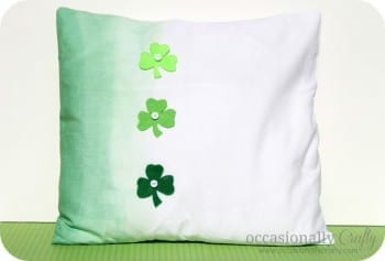 14 Simple St. Patrick's Day DIYs11