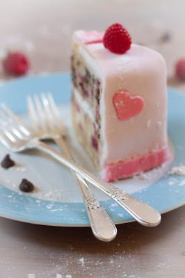 15-delectable-valentines-day-desserts13
