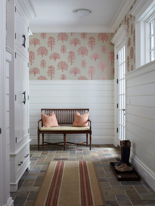 10 Ways to Decorate With Shiplap