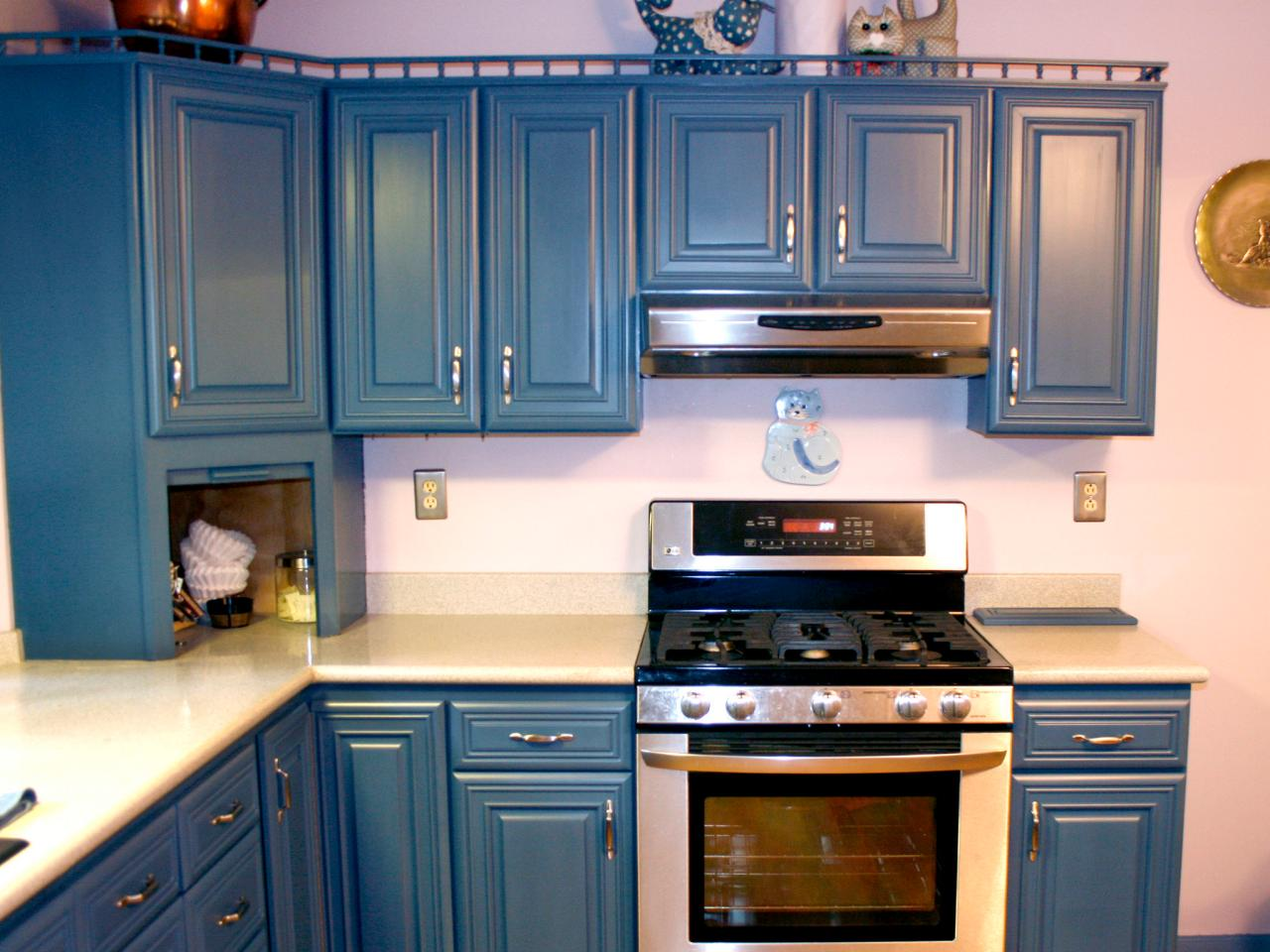How to Spray Paint Cabinets2