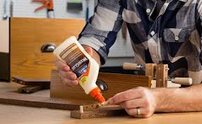 How to Work with Wood Glue, Crafting with Wood Glue, DIY Tips, DIY Hacks, DIY Tips for Beginners, How to Use Wood Glue, Popular Pin