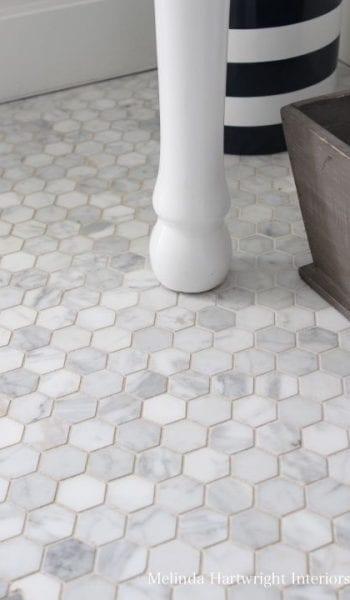 10 Breathtaking Ways to Decorate a Tiny Bathroom| Decorating a Small Bathroom, Small Bathroom DIY Projects, DIY Projects for Tiny Bathrooms, Bathroom DIY Projects, Small Bathroom Decor, Decorating a Small Bathroom, Popular Pin