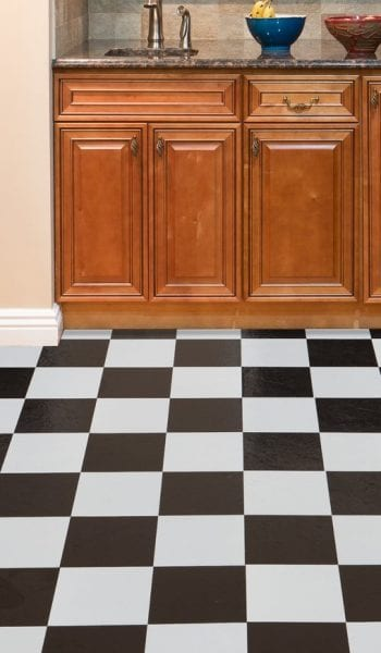 How to Makeover an Ugly Linoleum Floor| Home Improvement, Home Improvement Hacks, DIY Home Improvement, Easy Home Improvement, Easy Projects, DIY Home Projects, Popular Pin #HomeImprovement #DIYHome #HomeProjects