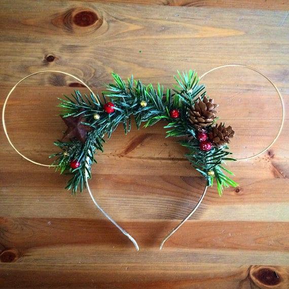 Decorating Like Disney for Christmas| Decorating Like Disney, Christmas, DIY Christmas Decor, Disney Christmas, Disney Christmas Decor, Holiday Home, Holiday Home Decor, #Christmas #DisneyChristmas #DisneyChristmasDecor #HolidayHomeDecor