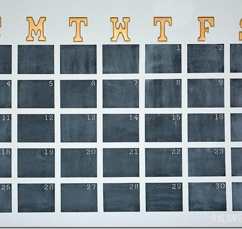 How to Paint a Wall Calendar and Stay Organized All Year Long| Wall Calendar, DIY Wall Calendar, DIY Home, Organization, Home Organization, DIY Organization, Popular Pin #Organization #HomeOrganization