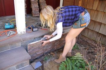 Ugly Foundation, Ugly Foundation Ideas, Ugly Foundation Curb Appeal, Ugly Foundation Walls, DIY Home, Home Improvement, Curb Appeal, Curb Appeal Projects, Curb Appeal Ideas on a Budget