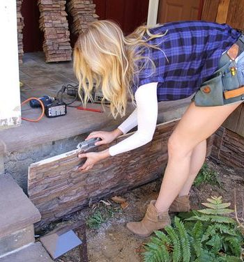 Clever Ways to Dress Up An Ugly Foundation  Foundation, DIY Foundation, Foundation Remodel, Remodel your Foundation, Hide Your Ugly Foundation, How to Hide Your Ugly Foundation, Curb Appeal, Easy Curb Appeal, Simple Curb Appeal Projects, Curb Appeal Projects for the Home, Easy Home Remodels, Popular Pin #RemodelYourFoundation #CurbAppeal #CurbAppealProjects