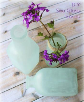 Painted Glass Crafts, Glass Crafts, Painted Glass DIY, Painted Glass Jars, Painted Glass Vases, DIY, DIY Home, DIY Home Decor, DIY Home Projects