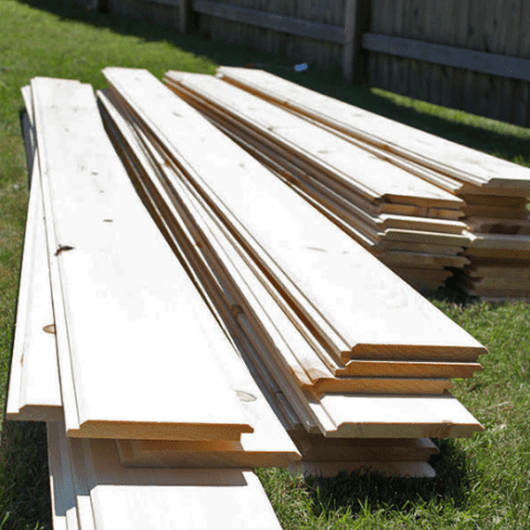 Install Shiplap in Only A Few Steps| Install Shiplap, How to Install Shiplap, Home Improvement, Home Improvement Hacks, Shiplap DIY, DIY Shiplap, Popular Pin #HomeImprovement #Shiplap #ShiplapDIYs