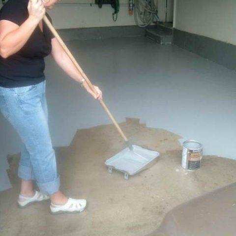How to Paint Your Garage Floor| Garage Floor, Painted Flooring, Garage Remodel, Garage Remodel, DIY Garage Remodel, Painted Flooring, Easy Painted Flooring, DIY Painted Flooring, Popular Pin #PaintedFlooring #Garage #GarageRemodeling
